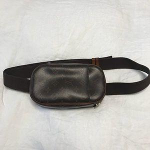 LOUIS VUITTON VINTAGE Pochette Gange bum bag